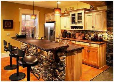 Отделка интерьера кухни искусственным декоративным камнем