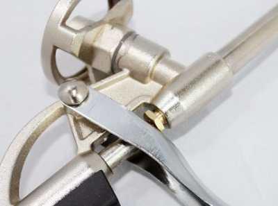 Знать устройство пистолета для пены – залог качественной и эффективной работы